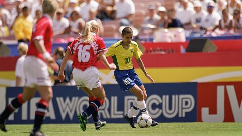 Sissi was joint-top scorer at the 1999 Women's World Cup