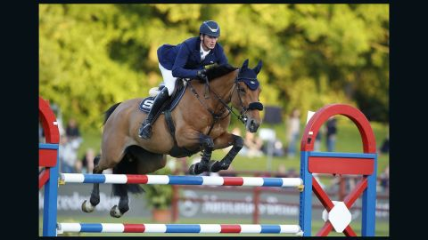 German Daniel Deusser clinched victory at the Longines Global Champions Tour stop in Hamburg.