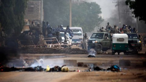 Sudanese forces are deployed around Khartoum's army headquarters on June 3.