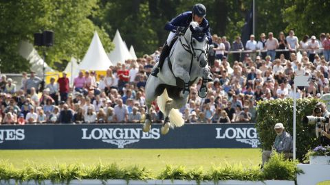 <strong>Hamburg:</strong> Home favorite Daniel Deusser rode Jasmien v. Bisschop to victory in the Hamburg leg of the Longines Global Champions Tour.