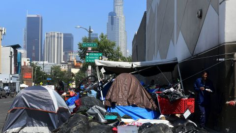Belongings of the homeless crowd a downtown Los Angeles sidewalk in Skid Row on May 30, 2019. - The city of Los Angeles on May 29 agreed to allow homeless people on Skid Row to keep their property and not have it seized, providing the items are not bulky or hazardous. (Photo by Frederic J. BROWN / AFP)        (Photo credit should read FREDERIC J. BROWN/AFP/Getty Images)
