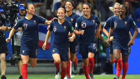 NICE, FRANCE - JUNE 12: Eugenie Le Sommer of France celebrates with teammates after scoring her team's second goal during the 2019 FIFA Women's World Cup France group A match between France and Norway at Stade de Nice on June 12, 2019 in Nice, France. (Photo by Michael Regan/Getty Images)