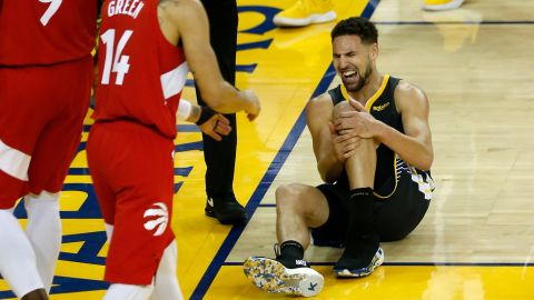 Golden State guard Klay Thompson fell awkwardly in the third quarter and twisted his knee. He shot two free throws after the play and then went to the locker room. He did not return to the game after that.