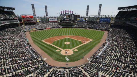 CHICAGO, IL - MAY 14:  A general view of Guaranteed Rate Field as the Chicago White Sox take on the San Diego Padres on May 14, 2017 in Chicago, Illinois.  (Photo by Jonathan Daniel/Getty Images)