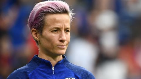 United States' forward Megan Rapinoe looks on during warm up prior to the  France 2019 Women's World Cup semi-final football match between England and USA, on July 2, 2019, at the Lyon Satdium in Decines-Charpieu, central-eastern France. (Photo by FRANCK FIFE / AFP)        (Photo credit should read FRANCK FIFE/AFP/Getty Images)