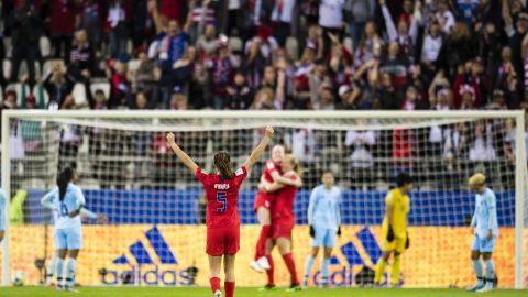 O'Hara, foreground, cheers on her teammates after a goal against Thailand.