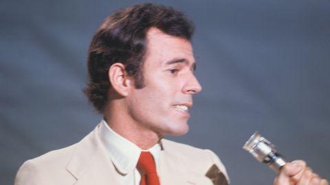 The Spanish singer Julio Iglesias, during a concert, 1975, Madrid, Spain.