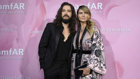 """Tom Kaulitz and Heidi Klum have reportedly pulled one over on us. <a href=""""https://people.com/style/heidi-klum-tom-kaulitz-married/"""" target=""""_blank"""" target=""""_blank"""">According to People magazine </a>the couple got married in February 2019, two months after the Tokio Hotel musician proposed to the supermodel/TV personality."""