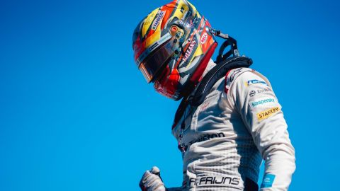 Robin Frijns won his second E-Prix of the season, storming to victory in the final race of 2018/19 in New York.