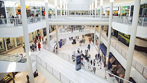 Mall of America in Minneapolis, the nation's largest mall,  plans to open a walk-in clinic in November with medical exam rooms, a radiology room, lab space and a pharmacy dispensary service.