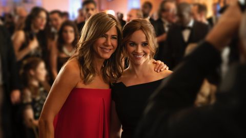 """Jennifer Aniston and Reese Witherspoon star in Apple's """"The Morning Show."""""""