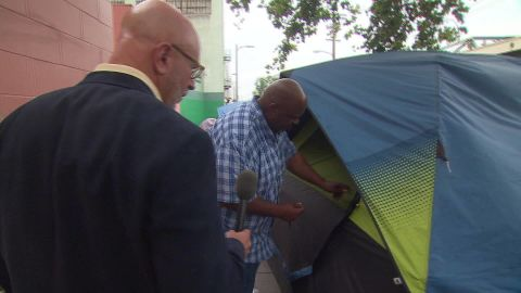 America's homeless crisis: Skid Row resident tells his story_00003216.jpg