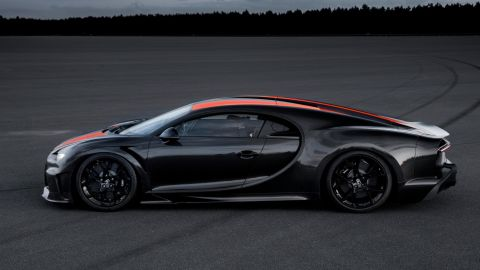 Changes were made to the car's body to improve its aerodynamcs for very high speeds.