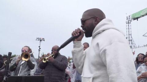 Kanye West perform during Sunday Service in Chicago on Sunday, September 8, 2019.