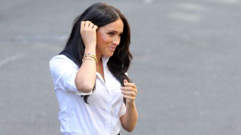 LONDON, ENGLAND - SEPTEMBER 12: Meghan, Duchess of Sussex arrives to launch the Smart Works capsule collection on September 12, 2019 in London, England. Created in September 2013 Smart Works exists to help unemployed women regain the confidence they need to succeed at job interviews and return to employment. (Photo by Chris Jackson/Getty Images)