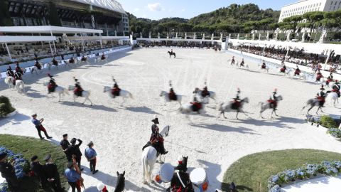 <strong>Rome: </strong>Italy's famed Carosello IV Reggimento Carabinieri a Cavallo put on a display for the Global Champions Tour spectators in Rome.