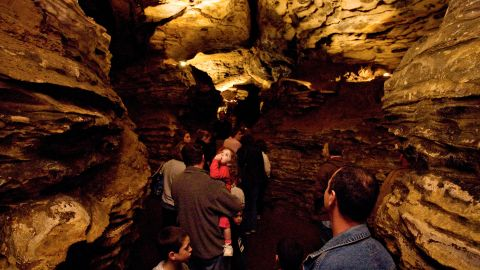 A look inside the Mark Twain cave from 2010.