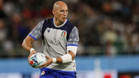 Sergio Parisse warms up ahead of Italy's game against South Africa on October 4.