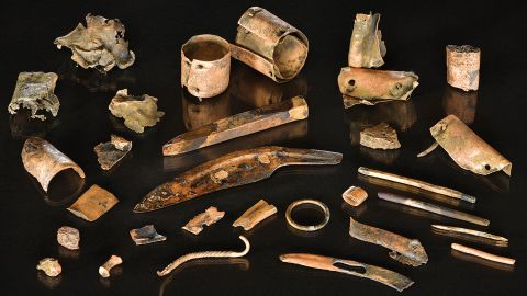 Bronze goods recovered from a river in northern Germany indicate an ancient toolkit of a Bronze Age warrior.