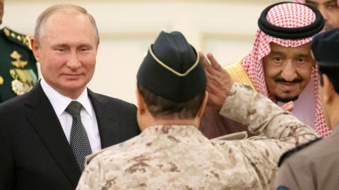 Russian President Vladimir Putin (L) and Saudi Arabia's King Salman (R) attend the official welcome ceremony in Riyadh, Saudi Arabia, on October 14, 2019. (Photo by Alexander Zemlianichenko / POOL / AFP) (Photo by ALEXANDER ZEMLIANICHENKO/POOL/AFP via Getty Images)