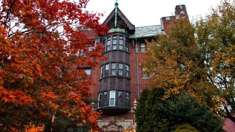 LeBron James' foundation plans to renovate this historic Akron apartment building into transitional housing for families in need at his I Promise School.