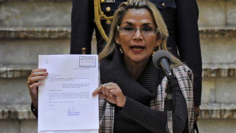Protestors are demanding the resignation of interim president Jeanine Añez.