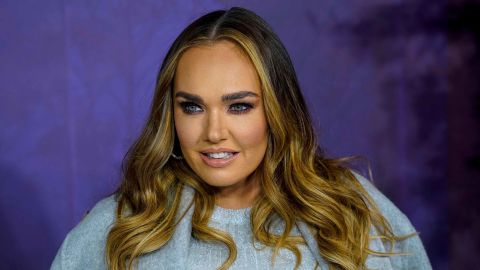 """Tamara Ecclestone poses on the red carpet at the European premiere of  """"Frozen 2"""" in London on November 17, 2019."""