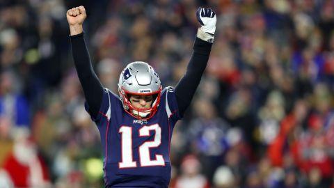 Tom Brady exults after Rex Burkhead scores the go-ahead touchdown for the Patriots.