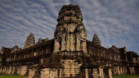 """<strong>Siem Reap, Cambodia:</strong> Angkor Wat is the most famous temple at <a href=""""https://whc.unesco.org/en/list/668/"""" target=""""_blank"""" target=""""_blank"""">Angkor archaeological site</a>, the capital of the Khmer Empire from the 9th to the 15th centuries."""