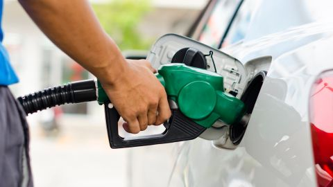 Earn 2 miles per dollar when you fill up your tank and pay with the United Business Card.