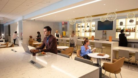 Access the United Club at Raleigh-Durham with cards that are less expensive than the Amex Platinum.