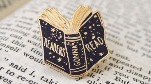 Readers Gonna Read Pin