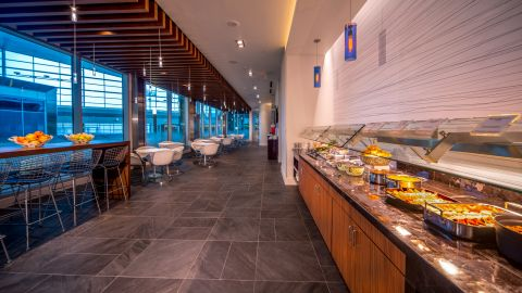 The Amex Centurion Lounge in DFW has plenty of food and drink options.