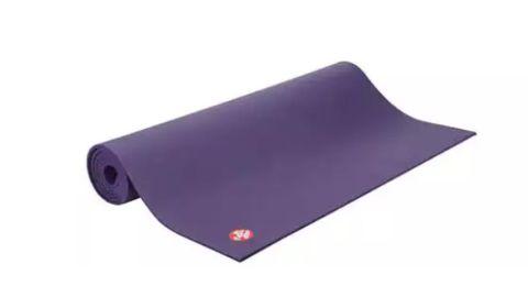 Manduka Pro Yoga Mat in Purple (Black Magic)