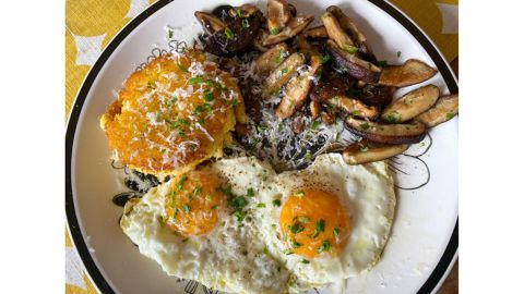Polenta Cakes With Mushrooms and Fried Eggs