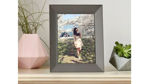 Aura Smart Connected Picture Frame