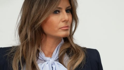"""US First Lady Melania Trump attends the Federal Partners in Bullying Prevention (FPBP) Cyberbullying Prevention Summit at the US Health Resources and Services Administration building in Rockville, Maryland, August 20, 2018, as part of her """"Be Best"""" campaign."""
