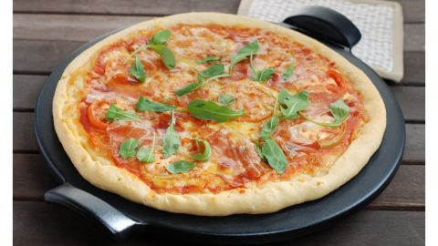 Emile Henry 14.5-Inch Pizza Stone