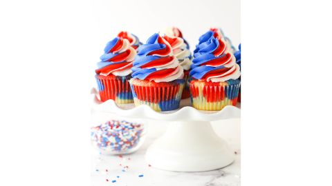 Lindsay Conchar's Red, White and Blue Swirl Cupcakes