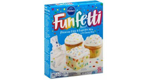 Pillsbury Funfetti White Cake mix - 15.25 oz