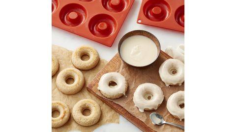 Wilton Nonstick Food-Grade Silicone Donut Baking Pans, Set of 2