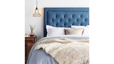 Brookside Bed Upholstered Headboard With Diamond Tufting