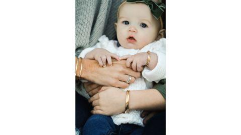 MountainMoverz Gold Mommy and Me Bracelet Set