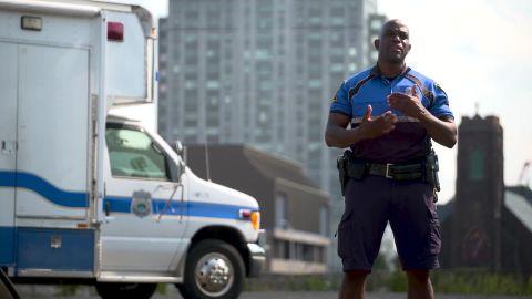 BTC CT Officer helps homeless _00020219.jpg