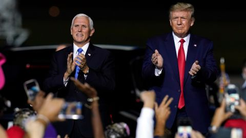 Pence and Trump arrive at a campaign rally in Newport News, Virginia, in September 2020.