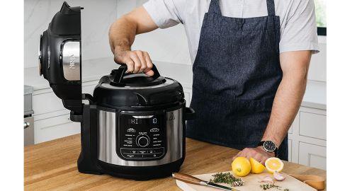 Ninja Foodi 9-in-1 Deluxe XL Pressure Cooker