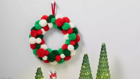 Wondershop Pom Pom Wreath