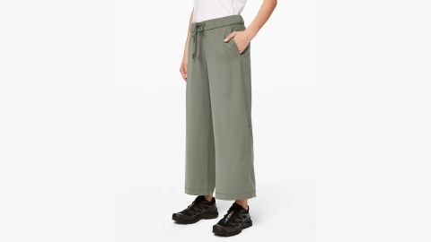 On the Fly Wide-Leg 7/8 Pant Woven