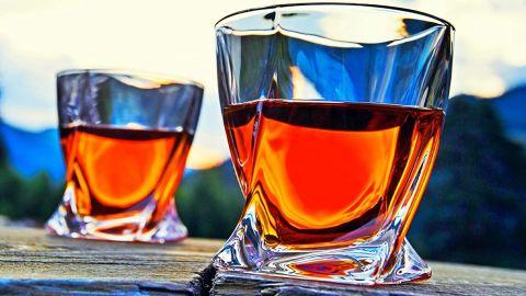Venero Crystal Whiskey Glasses, Set of 4