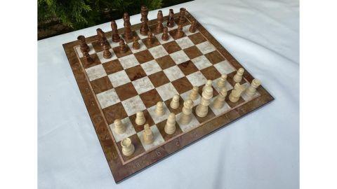 Endless Market 'The Queen's Gambit' Chess Set